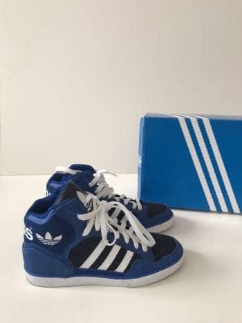 Tenis Adidas azules