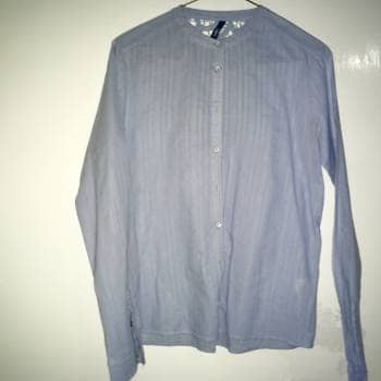 84cd6eeb229d Camisa de lino con encaje en la espalda 2x1 - GoTrendier - 518611