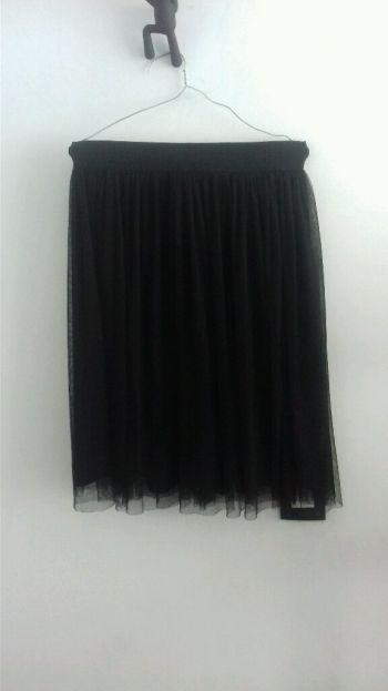 Falda negra de tul