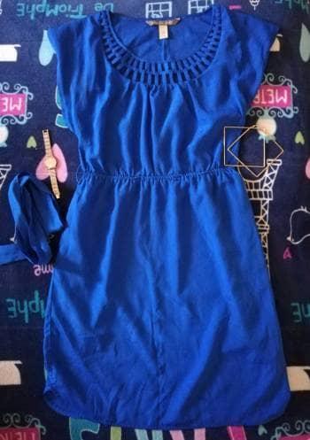 Vestido azul rey