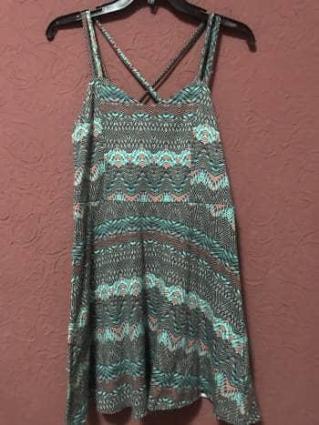 Vestido estampado minimalista