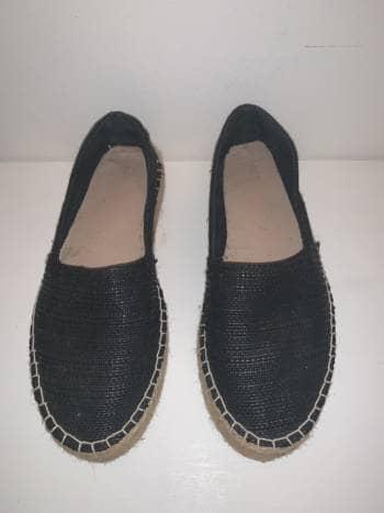 Alpargatas negras Zara