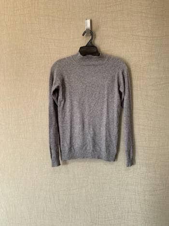 Suéter gris 2x1