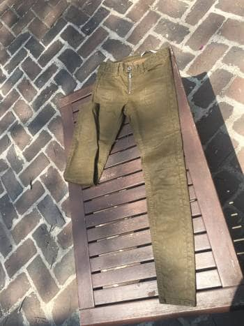 Pantalon Zara verde