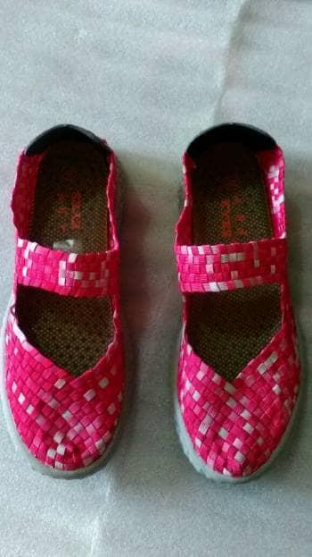 Zapatos Rosas TMA Eyes de Alemania