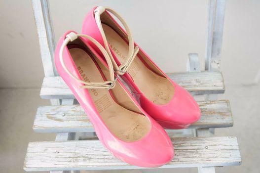 Zapatos de tacón rosas