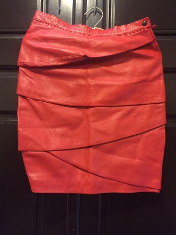 Minifalda roja de piel VINTAGE