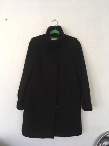 Abrigo de lana negro Zara TRaFaluc corte A