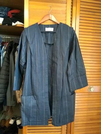 Gabardina tipo kimono