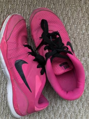 Tenis Nike 3.5
