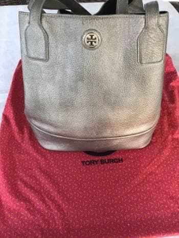 Bolsa Tory Burch Tote grande dorada