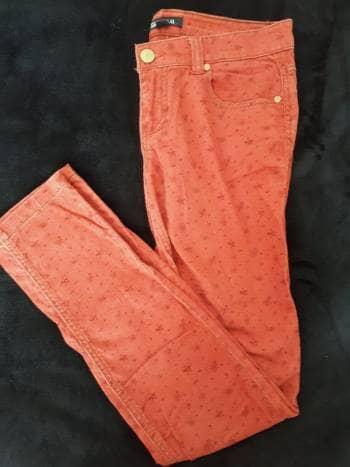 Pantalón naranja de flores (2 por $200)