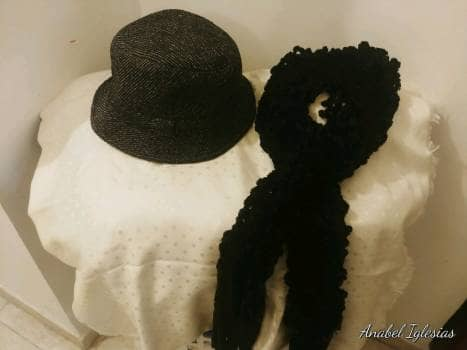 Lindo sombrero con bufanda