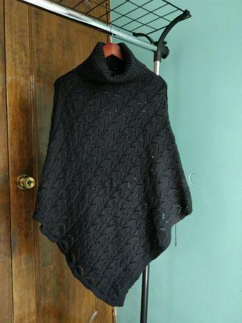 Capa BCBG sweater negro S
