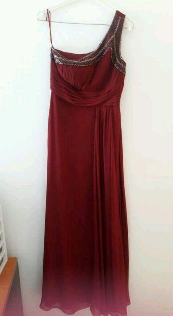 9a5a519e9 Vestido de noche guinda - GoTrendier - 61885