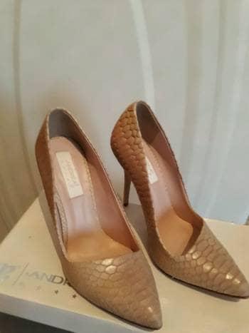 400dfba5f1054 Zapatillas color beige - GoTrendier - 656006