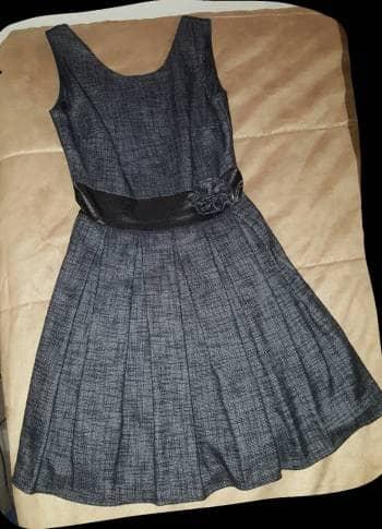 a326c2f26 Vestido gris con negro para fiesta - GoTrendier - 1051316