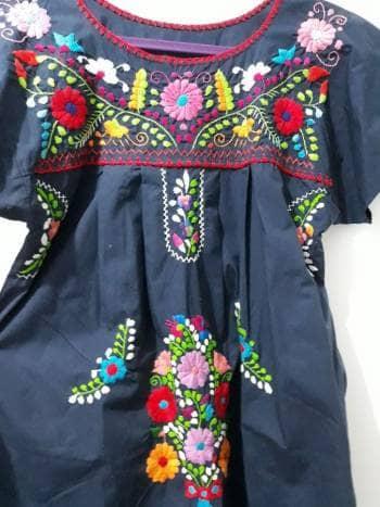 e661087879 Vestido huipil típico mexicano bordado a mano - GoTrendier - 594856