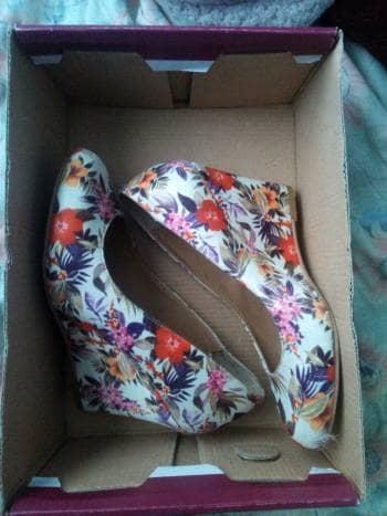 Zapatillas de flores