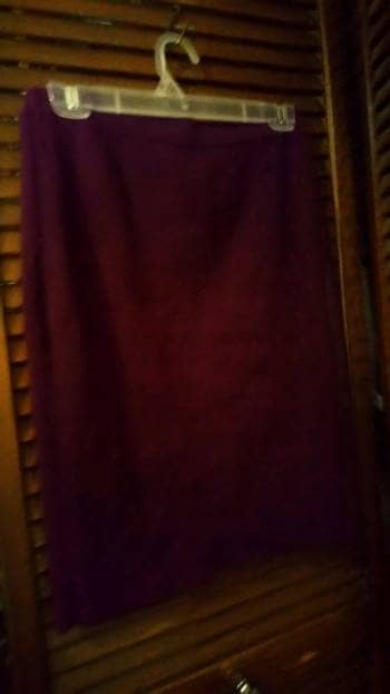 Falda lapiz de punto color vino
