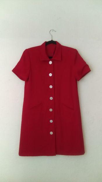 Vestido rojo con mangas Vintage