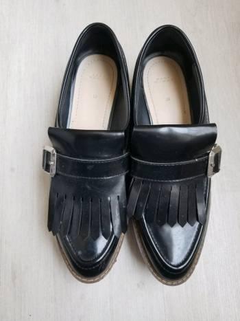 Mocasines negros