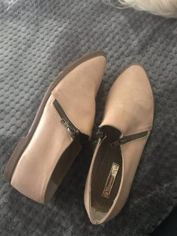 Loafers color nude