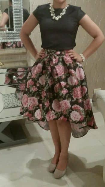 Falda con flores NUEVA