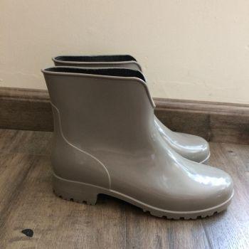 Botines italianos de lluvia gris