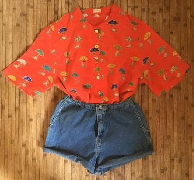 dc14793271 Camisa roja con estampado de gatitos - GoTrendier - 1218939