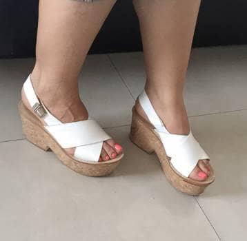 80d7d737521 Sandalias blancas de piel con plataforma - GoTrendier - 613269